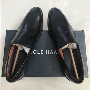 NEW wBox-COLE HAAN Lenox Hill Black Slip Ons 9.5